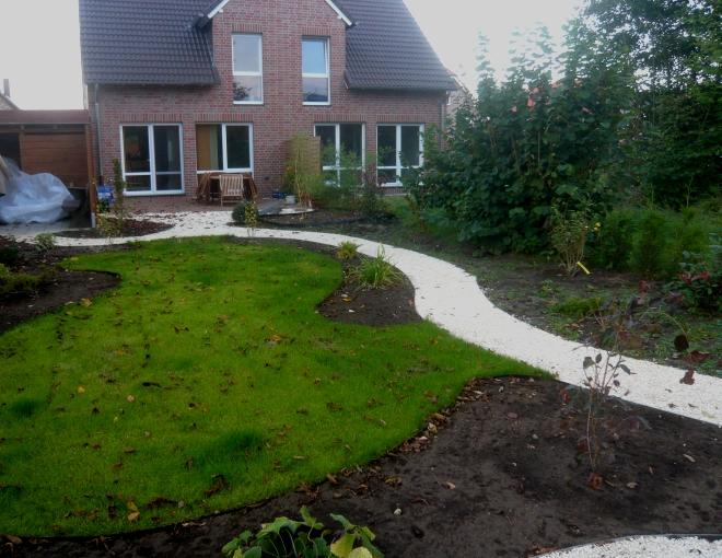 Gartengestaltung modern hang