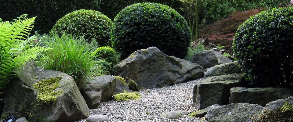 Barrierefreier Und Seniorengerechter Garten Bilder Und